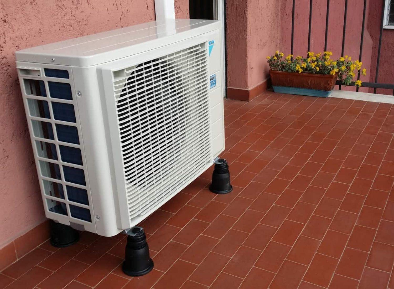 climatizzatore un. esterna Daikin Emura